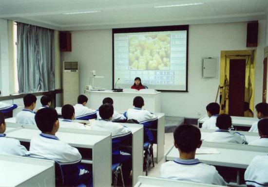 安宁区教育局12所小学多媒体教室